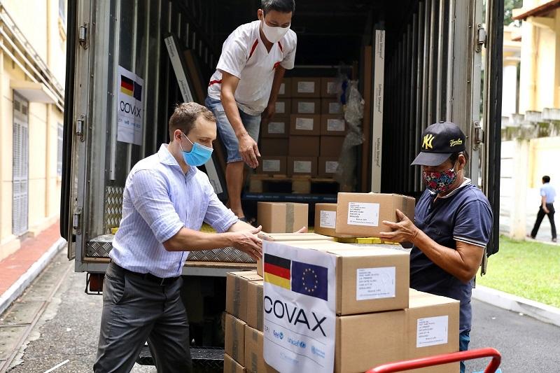 Đức hỗ trợ hơn 800.000 liều Vacxin cho Việt Nam